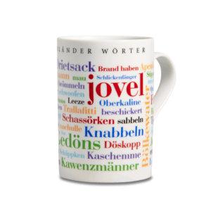 Der Kaffeebecher mit den Münsterländer Wörtern.