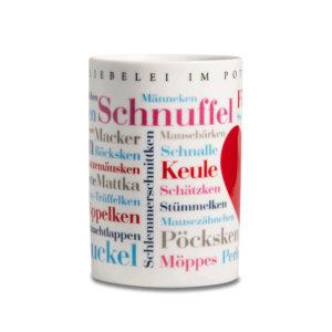Der Kaffeebecher mit den Kosewörtern aus dem Ruhrgebiet.