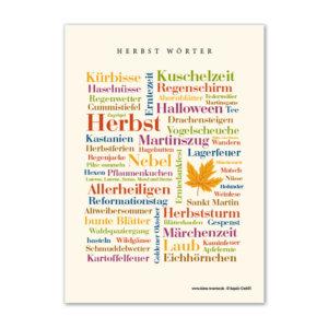 Postkarte mit herbstlichen Wörtern.