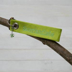 Schlüsselanhänger Sauerlandliebe in grün.