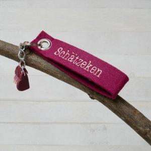 Schlüsselanhänger Schätzeken in pink.