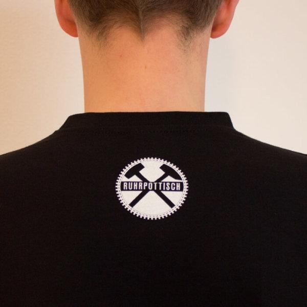 T-Shirt mit dem Aufdruck Komma auffen Punkt! Rückseite.