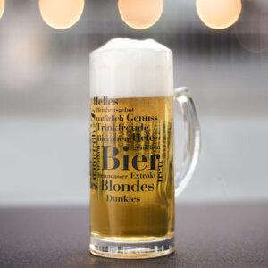 Der Bierkrug mit den schönsten Bier Wörtern.