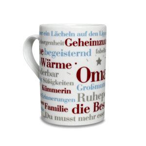 Kaffeebecher mit den Oma Wörtern.